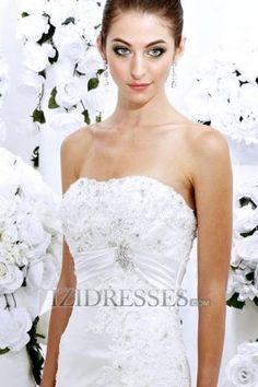 Trumpet/Mermaid Strapless Taffeta Beach Wedding Dresses