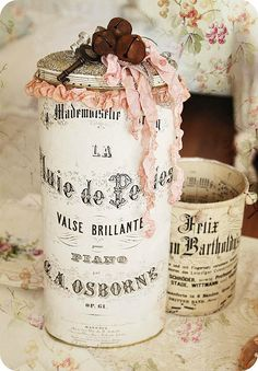 Take an empty oatmeal canister and mod podge it with your favorite french inspired lettering to make your own organized decor.