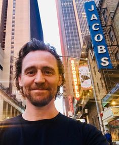 "lolawashere: ""Tom Hiddleston: ""New office. It's July summer in New York, and Tom Hiddleston has arrived on Broadway! Tom Hiddleston Loki, Thomas William Hiddleston, Loki Laufeyson, Loki Thor, Loki Ragnarok, Night Manager, Toms, Wallpaper Aesthetic, Crimson Peak"