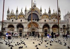 Most Famous Churches In The World:Saint Mark's Basilica, Venice (source: wiki)