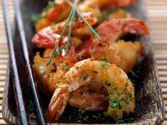 Découvrez la recette Crevettes marinées sautées à l'asiatique sur cuisineactuelle.fr.