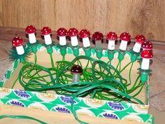 Socík: Takto vypadaly Vánoce našeho dětství. Pamatuješ? Light Chain, Retro 2, Silent Night, Christmas Carol, Gifts For Kids, Czech Republic, How To Make, European Countries, Memories