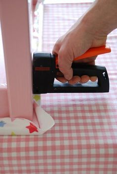 How To: Oilcloth Table | Apartment Therapy
