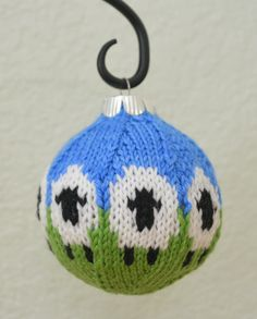 Free knitting pattern for sheep ornament ball and more sheep and lamb knitting patterns Knitting Designs, Knitting Patterns Free, Free Knitting, Knitting Projects, Crochet Projects, Crochet Patterns, Free Pattern, Sheep Crafts, Yarn Crafts