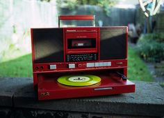 Panasonic Portable Radio/Cassette/Record Player with a sweet slide-out turntable Boombox, Vinyl Music, Vinyl Records, Radios, Radio Antigua, Vintage Records, Record Players, Phonograph, Gadgets