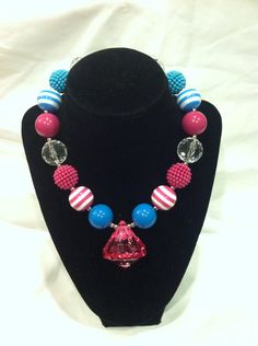 Hot pink and turquoise bubblegum chunky necklace on Etsy, $9.99