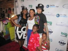 Black Celebrity Giving celebrates a successful 'Giving Boutique' in Atlanta. Many came out to support, including Love And Hip Hop Atlanta's Che Mack.