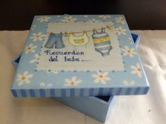 Recuerdos del bebe Decorative Boxes, Diy, Simple, Polymers, Mix Media, Home Decor, Ideas, Painted Boxes, Painted Wooden Boxes