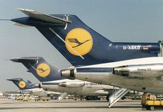 Line-up of Lufthansa B727 tails at FRA in the 80's - wikimedia