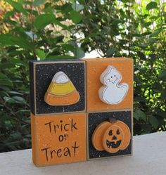 * 4 black and orange blocks with jackolantern, candy corn, ghost and trick or treat sign. Blocks are free from each other to allow your desired 2x4 Crafts, Halloween Wood Crafts, Wood Block Crafts, Halloween Projects, Halloween Cards, Holidays Halloween, Halloween Outfits, Crafts To Do, Halloween Themes