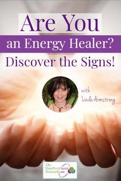 Are you an Energy Healer? - The Mind Body Spirit Network Healing Hands, Sound Healing, Self Healing, Chakra Healing, Meditation Steps, What Is Energy, Reiki Practitioner, Spiritual Healer, Reiki Energy