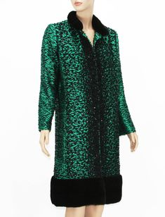 New Oscar de la Renta Mink Trim Boucle Beaded Emerald Green Coat  | From a collection of rare vintage coats and outerwear at https://www.1stdibs.com/fashion/clothing/coats-outerwear/