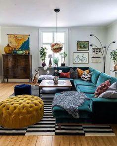 Retro Living Rooms, Colourful Living Room, Boho Living Room, Cozy Living Rooms, Home Living, Apartment Living, Living Room Designs, Small Living, Cozy Eclectic Living Room
