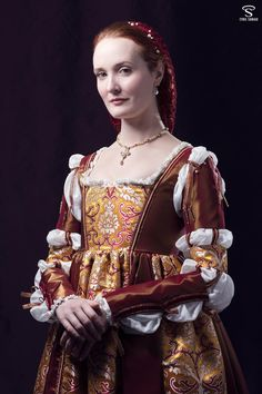Borgia 1500's renaissance gown by Esaikha.deviantart.com on @DeviantArt