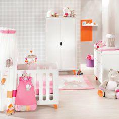 """Noukie's, Collection """"Iris & Babette"""" -  Chambre Mont-Blanc avec pieds oranges"""