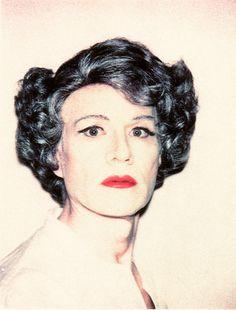 """Exposição """"Lady Warhol"""" reúne fotos do artista plástico Andy Warhol travestido de mulher. Estreia em 16 de abril, em SP."""