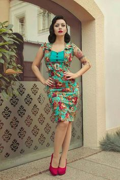 011020fc490a Lindy Bop  Wynona  Stunning Vintage Style Flora Print Pencil Wiggle Dress  Rockabilly pinup standing pose hand on hip