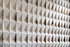 FYNN Sale Office (II) Interior Design – Wison Tungthunya & W Workspace Interior Wall Colors, Interior Design Themes, Office Interior Design, Interior Walls, Hotel Interiors, Office Interiors, Corporate Office Design, Floor Ceiling, Classic Interior