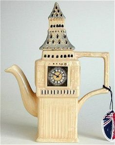 ✿ڿڰۣ(̆̃̃•Aussiegirl  London's Big Ben Teapot