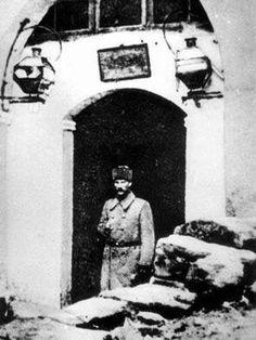 Aralık 1916 ilâ Mart 1917 ara'sında Diyâr ı Bekir'de 16. Kol Ordu Kumandan'ı  Mustafa Kemal