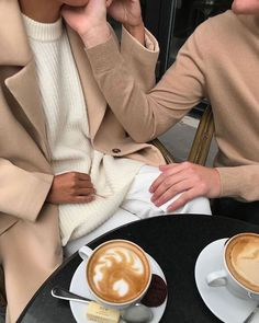 Most popular morning coffee photography woman pictures 48 Ideas Cream Aesthetic, Couple Aesthetic, Brown Aesthetic, Aesthetic Pictures, The Sartorialist, Art Sport, Cashmere Pullover, Coffee Date, Cute Relationship Goals