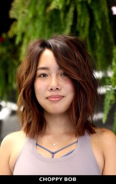 Rock this classy choppy bob that might change your life! Simply click here to view these 49 fabulous examples of choppy bob hairstyles for a striking new look. // Photo Credit: @megumicolor on Instagram Choppy Bob Hairstyles, Latest Hairstyles, Choppy Cut, Medium Hair Cuts, Photo Credit, New Look, Classy, Hair Styles, Change