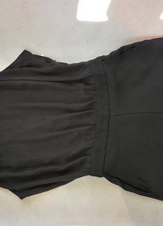 Kup mój przedmiot na #vintedpl http://www.vinted.pl/damska-odziez/inne-ubrania/12571248-czarny-kombinezon-na-lato-bez-rekawow-zara-36-s-ze-zlotym-lancuszkiem-krotki  #zara #kombinezon #czarny