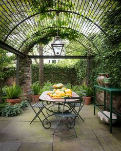 arches cover an outdoor dining room