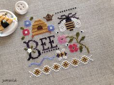 Most up-to-date Cost-Free Cross Stitch bee Strategies Cross-stitch is an easy style of needlework, compatible for the material on the market to stitchers Cross Stitch Love, Cross Stitch Needles, Cross Stitch Samplers, Cross Stitch Animals, Cross Stitch Charts, Cross Stitch Designs, Cross Stitching, Cross Stitch Patterns, Cross Stitch Flowers Pattern