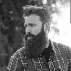 @alantinedrankins #beard #beardgang #beards #beardeddragon #bearded #beardlife #beardporn #beardie #beardlover #beardedmen #model #blackandwhite #beardsinblackandwhite #style