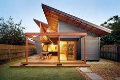 Dramatic roof form in The Nest | ArchitectureAU