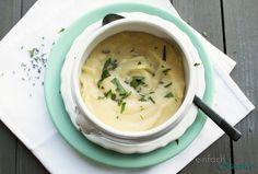 Die beste Kartoffelcremesuppe basisch zu kochen ist so einfach wie sie lecker ist: diese köstliche Suppe aus wenigen Zutaten weckt Kindheitserinnerungen!