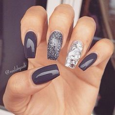 Shimmery grey for thanksgiving #nailart #thanksgiving #womentriangle