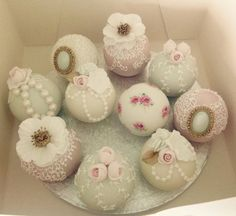 Antique sphere cakes