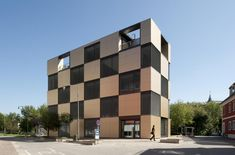 NIK Office Building, Graz, Austria by Atelier Thomas Pucher