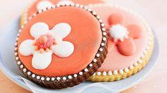 Rezept: Kekse mit Blume aus Zuckerguss