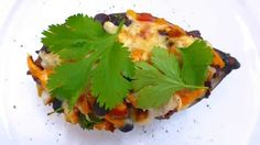 These stuffed sweet potatoes are 100% made out of leftovers I had laying around after a Mexican dinner for friends. Great lunch!