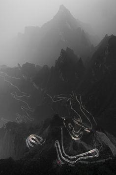 thesubliminaloblivion: zhangjiajie (by rastaschas)