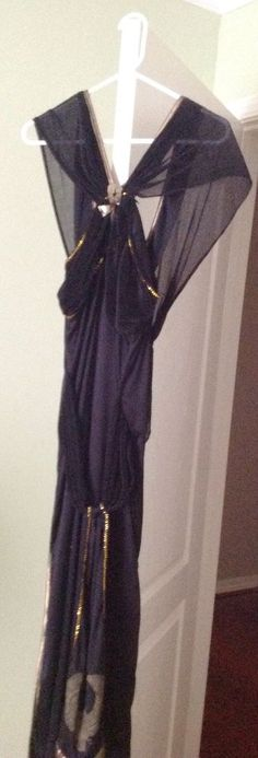 Nefertiti Egyptian Queen Halloween Costume, Reenactment  Black Long Flowing Gown #RubiesNewYotk #Dress