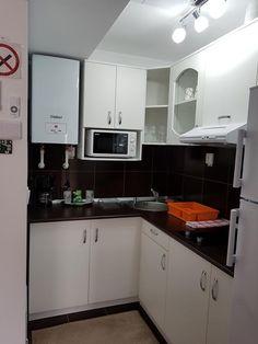 Complex Turistic Edi, Slănic Moldova – Prețuri actualizate 2019 Kitchen Island, Kitchen Cabinets, Moldova, Model, Home Decor, Island Kitchen, Decoration Home, Room Decor