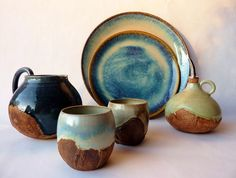 2013 Argilla France. International pottery fair. Refractory clay. Cup. Bottle. Pitcher. Dish