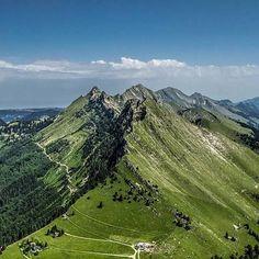 Typical Swiss Views  #inlovewithswitzerland #photopedropetiz #swissalps #switzerland #swiss #coldejaman #mountains #mountainslovers #adventuretime #adventurer #theadventures #visualart #mountainscape #landscape #landscape_lovers #outdoor #vaud #exploring #explorenature #explore #travel #trip #exploreswitzerland #ig_suisseromande #amazingswitzerland #amazingview #natureza #nature #naturelovers #switzerlandpictures Explore Travel, Swiss Alps, Travel Trip, Adventurer, Adventure Time, Switzerland, Exploring, Lovers, Mountains
