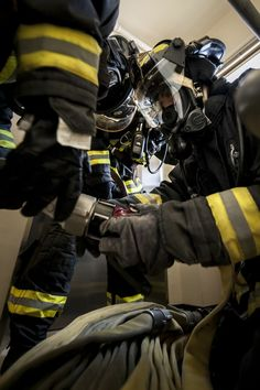 Fire Dept, Fire Department, Firefighter Photography, Firefighter Paramedic, Firefighter Pictures, Black Hats, Fire Fighters, Ancient Egyptian Art, Chicago Fire