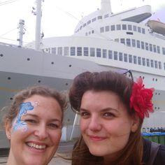 Onze werkplek van vandaag....een bootje!! 😜   Open dag op de ss Rotterdam. Bibi Grime, Nathalie Hoogstraten, Muac Productions