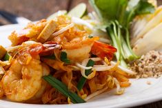 Fresh Thai ingredients flown in direct from Thailand to our shop weekly. Next day delivery and recipes. Authentic Thai Food, Tasty Videos, Oyster Sauce, Spring Rolls, Thai Recipes, Chinese Food, Oysters, Thai Red Curry, Shrimp