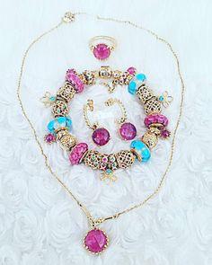 "@charm_crazy on Instagram: ""Pandora pink and blue. #pandora #pandorabracelet #retiredpandora #14K #pandoracharms #pinksapphire #goldbracelet #love #art #picoftheday…"" Pandora Bracelets, Pandora Jewelry, Charm Jewelry, Pandora Charms, Diy Jewelry, Jewelry Bracelets, Jewellery, Pandora Gold, Pink Sapphire"