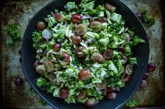 Broccoli, Grape and Toasted Almond Salad 6cups of broccoli florets and stem cut into very small pieces 2 cups grapes, halved ½ cup toasted slivered almonds Lemon Vinaigrette 1 large shallot, finely diced 1 tablespoon agave 2 tablespoons fresh lemon juice 3 tablespoons olive oil kosher s