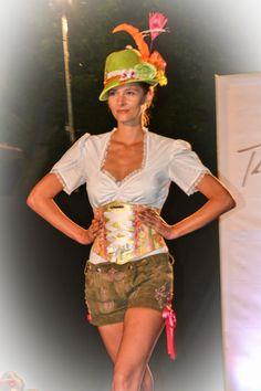 DivineIdylle Fashionshow by Tian van Tastique 2013