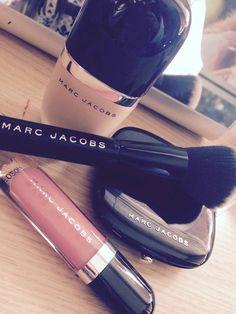 Marc Jacobs | via Facebook makeup  compactos -  brush