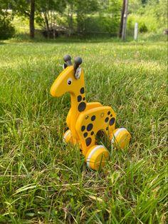 Brio Playroomissa seikkailevat klassiset eläinlelut. Brio, Ipad, Disney Characters